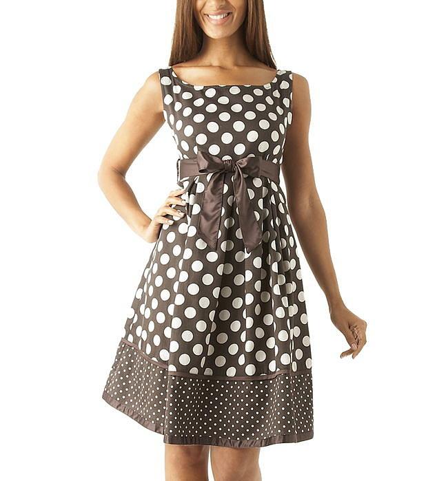 Платье в горошек моделей