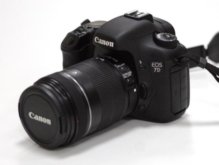 Канон фотоаппарат полупрофессиональный