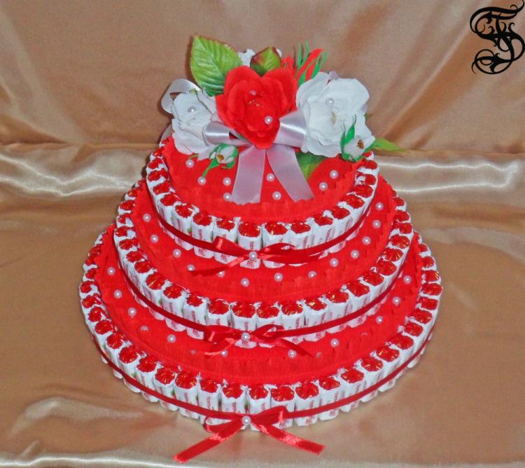 Сделать торт из конфет для ребенка пошаговое
