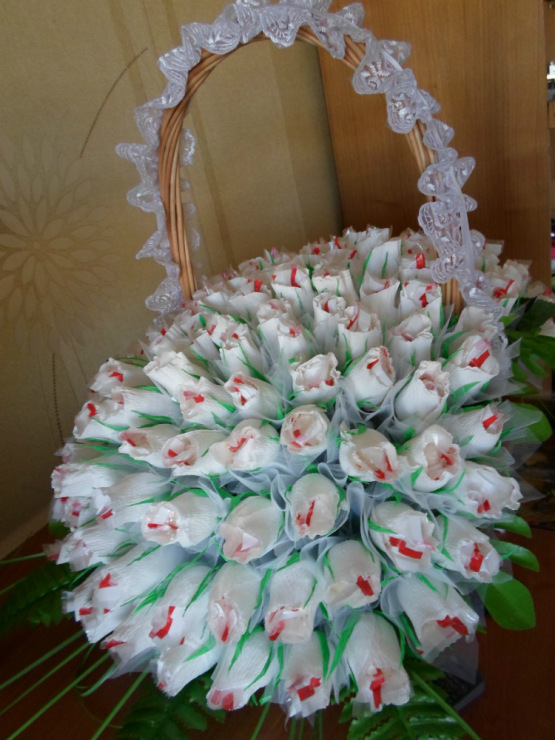 Подарки из гофрированной бумаги на свадьбу 71
