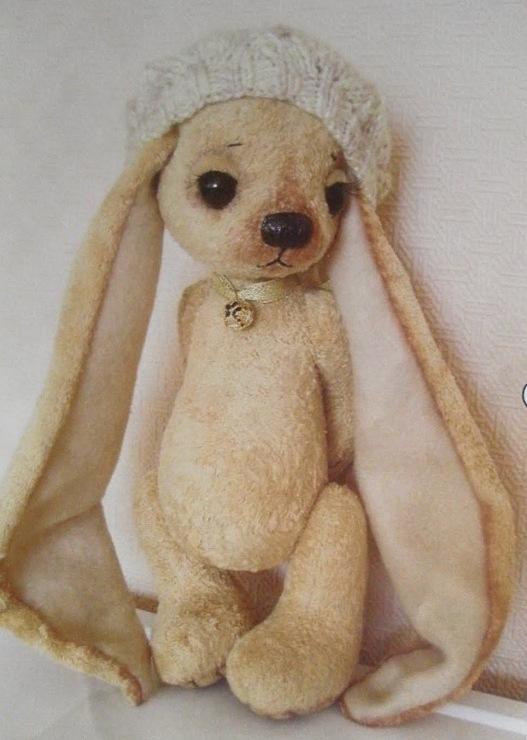 Игрушка зайка с длинными ушами